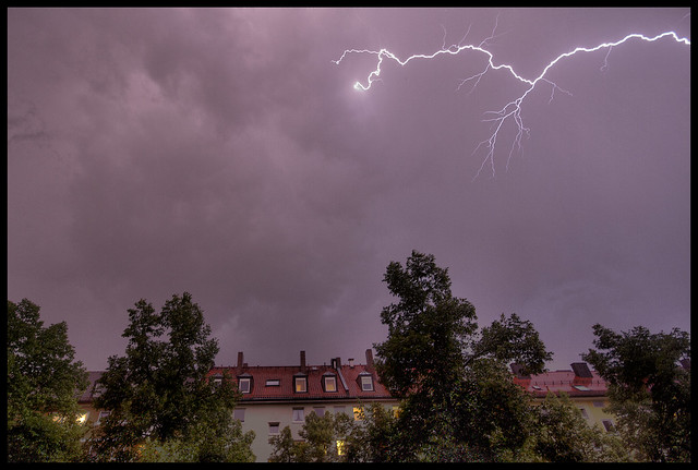 lightning over Munich 4