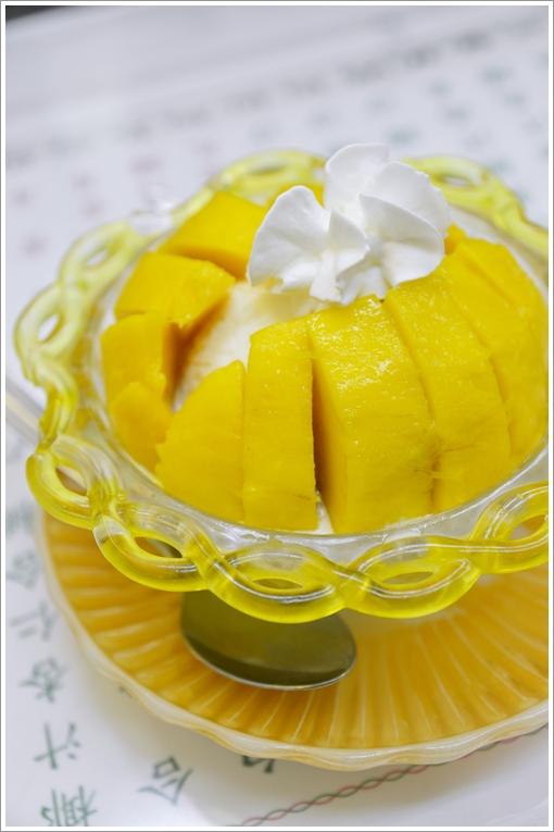 Fresh Mango Desserts @ Hang Heung Yuen