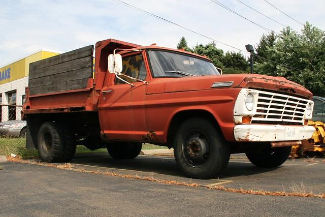 red ford truck rust rusty dumptruck 1967 f350 duals