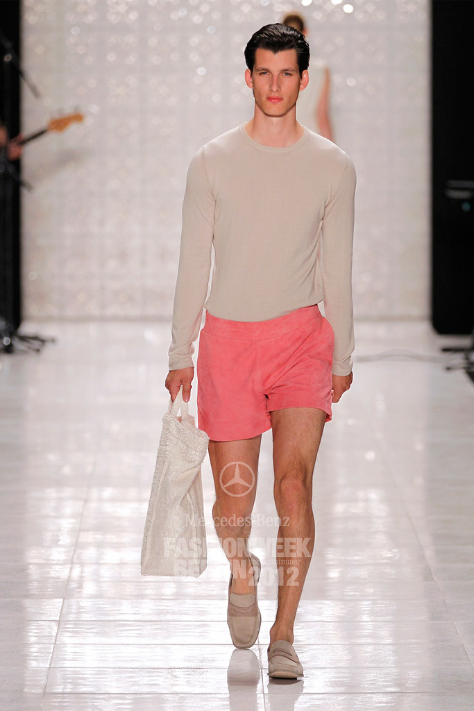 Julian Hennig3006_SS12 Berlin Fashion Week Kilian Kerner(Berlin FW)