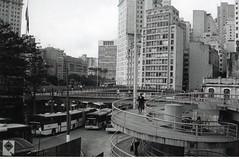 img044 (Juliano Fernandes) Tags: casa italia saopaulo grafiti edificio centro noite tiradentes fotografia marginal abandonada saofrancisco construcao terminalbandeira