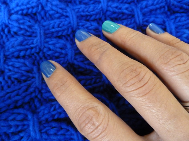 Knitting blue