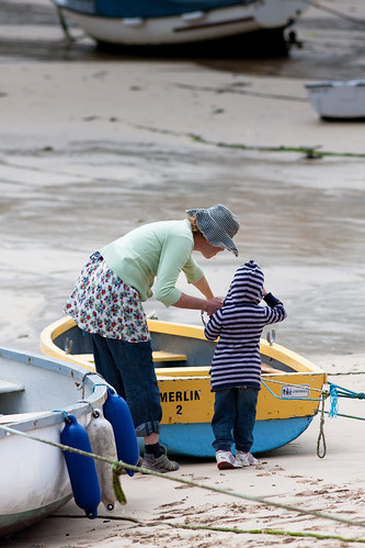 Teaching the art of boat spotting