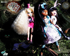 Bratz P4F Top Modelz 2011- Week4- Tim Burton's World (and Elimination3) (BratzLuv!) Tags: tokyo tim top alice go contest 8 it molly entertainment sasha tiana moira wonderland mga rina burton bratz in xpress 2011 modelz p4f
