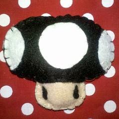 Cogu do bem, do mal (Minha V me disse) Tags: feltro cogumelo chaveiro cogu