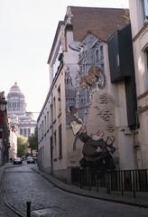 Wall Cartoon 1 (Spotmatix) Tags: brussels urban cities
