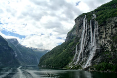 Geiranger fjord (larigan.) Tags: mountains tourism norway scenery wake unescoworldheritagesite waterfalls fjord majestic impressive touristattraction geiranger geirangerfjord sevensisterswaterfall larigan phamilton licensedwithgettyimages ginordic1
