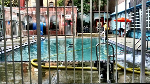 pool on Thompson st #walkingtoworktoday