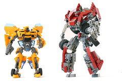 C-0T Autobot & Bumblebee (Louis K.) Tags: light canon movie gun sam transformation lego transformer alien transport bumblebee revenge transformers fallen transforming autobot transform cgi decepticon defender transforms cybertron rotf witwicky c0t impossibru