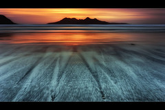 Ashes of Memories still aglow (scott masterton) Tags: uk light sunset sea mountains scott bay scotland sand pentax small inner rum isle isles hebrides fascinating masterton eigg sigma1020mm laig k200d