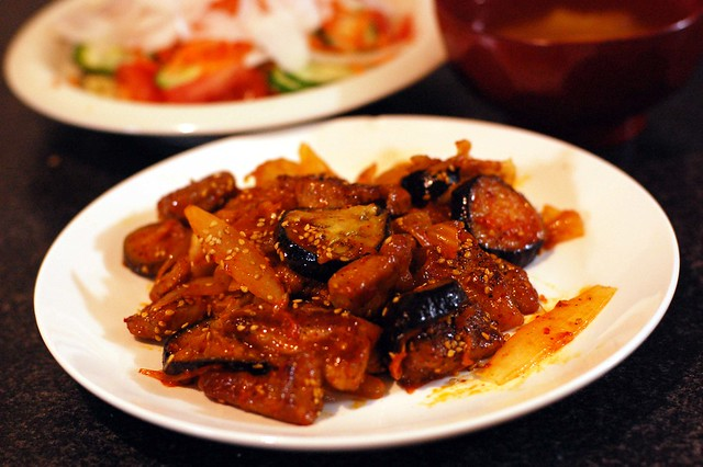 ちょっと厚めな豚肉で茄子入り豚キムチ。 #gohan