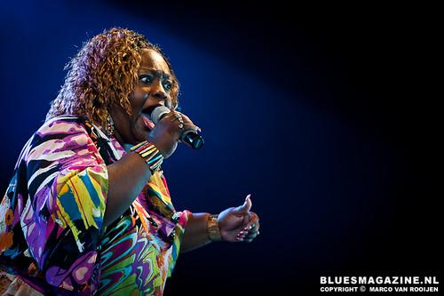 Sharrie Williams & Band feat. Sax Gordon