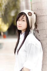 [フリー画像] 人物, 女性, アジア女性, 帽子・キャップ, 201108021500