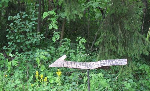 Halosenniemen puutarha by Anna Amnell