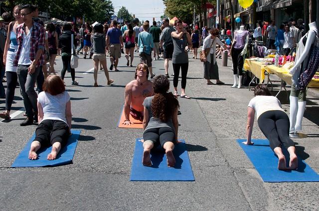 Khatsahlano - Semperviva Yoga lesson