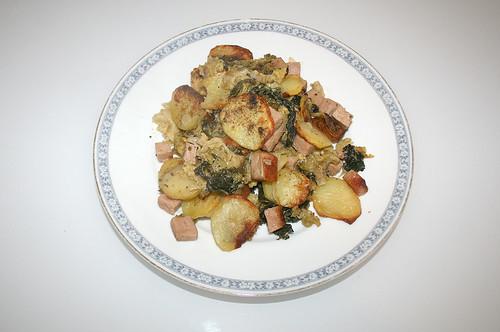 28 - Kartoffel-Wirsing-Gratin - serviert