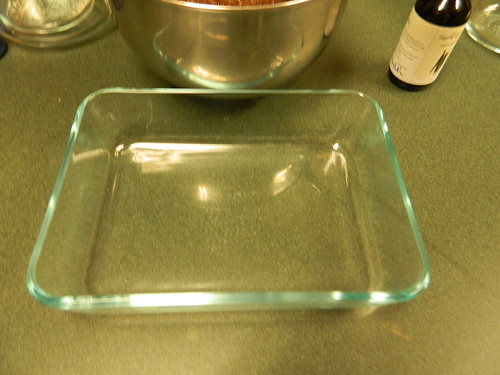 Small Pyrex pan