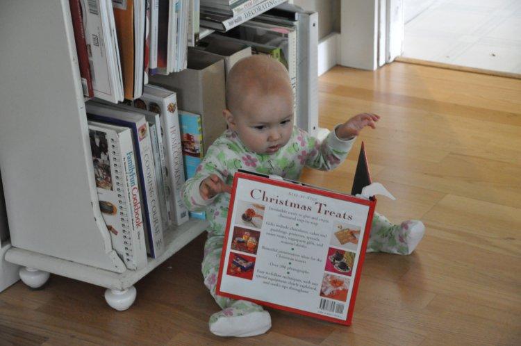 Lola Reading