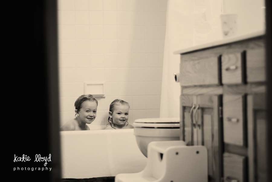 kids-in-tub-2