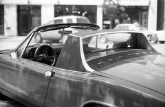 Porsche 914-6 (Coffee and Classics) (Fogel's Focus) Tags: 50mm f14 wheels olympus 11 d76 zuiko classiccars 20c fomapan100 om1n kodakd76 10min fomafomapan film:iso=100 developer:brand=kodak film:brand=foma developer:name=kodakd76 film:name=fomafomapan100 coffeeandclassics filmdev:recipe=6779