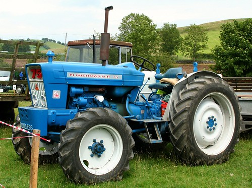 Ford Roadless Ploughmaster 75