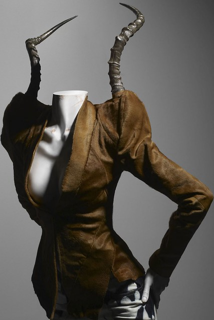 AlexanderMcQueen_SavageBeauty_ph Solve Sundsbo_The Metropolitan Museum of Art_7