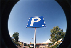 P stays for parking (Italian Film Photography) Tags: camera sky film 35mm toy lomo highway blu parking fisheye plastic cielo p kit analogue cartello parcheggio stradale autostrada c200 fujicolor c41 pellicola developedathome tetenal