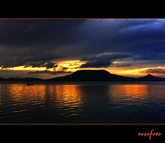 (tozofoto) Tags: sunset sky lake water colors silhouette clouds canon landscape hungary balaton badacsony somogy tozofoto