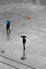 Rainy Days III (urbanarium) Tags: people blackandwhite berlin sepia ballon streetphotography streetlife alexanderplatz regen rainydays regenschirm schwarzweis peoplefromabove regentage dasistdochkeinwetter menschenvonoben menschenimregen roteballone dasistdockkeinsommer peopleinemotion