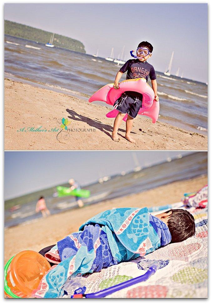 beach day diptych 4
