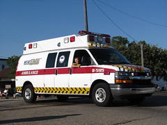 StatEMS Ambulance (TrueWolverine87 (Busy)) Tags: chevrolet michigan ambulance paramedics van medics lifesupport medicalresponse chevroletvan geneseecounty statems chevroletexpressvan statemsambulance