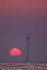 Turbine Dawn (Julian Barker) Tags: sea water sunrise canon eos dawn julian wind air great norfolk yarmouth barker sands beeston turbine controversy debate bostonian caister scoby