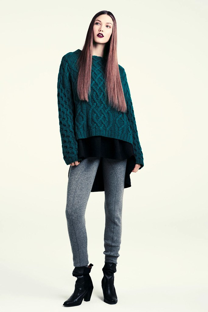 Karlie+Kloss+HM+Fall+2011+Lookbook+12