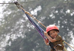 Flying Fox (didithoe) Tags: kid son flyingfox sentul petz tamanbudaya