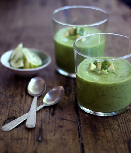 6 MyNewRoots-Raw Avocado Chilled Pureed Green Soup, Drink