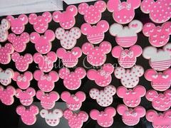 Pink cookies (Mily'sCupcakes) Tags: pink apple argentina pie cupcakes lemon buenos aires cupcake minnie wrapper topper mousse milys crumbe
