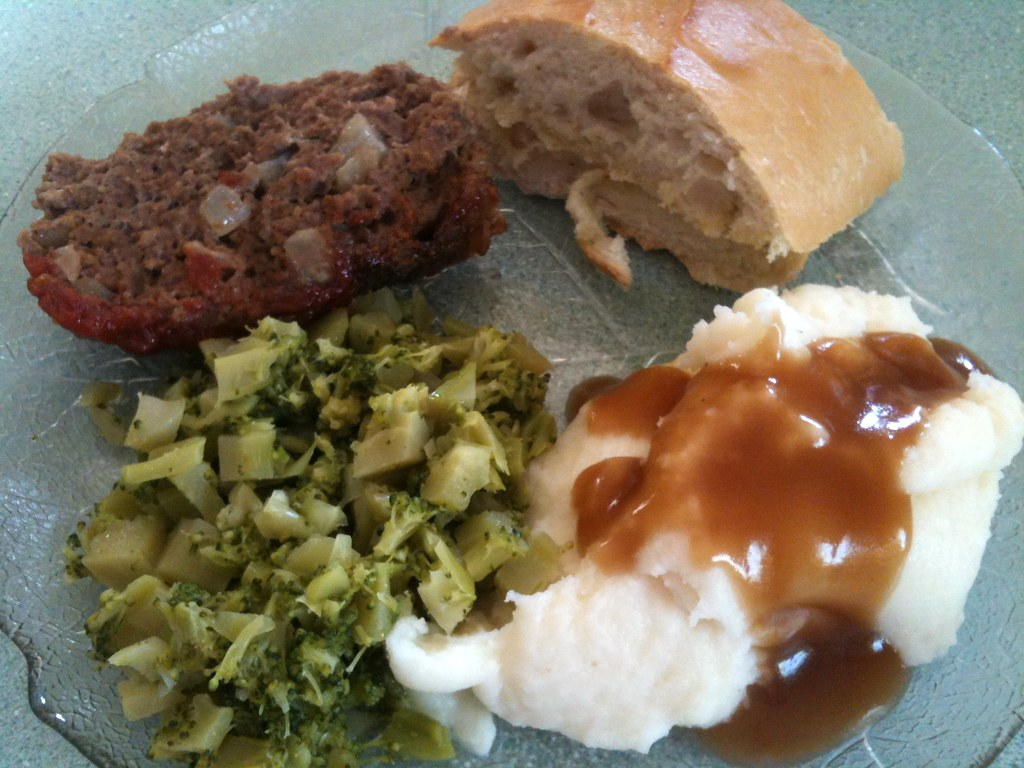 Alton Brown Meatloaf, Garlic Bread, Chopped Brocolli, and Mashed Potatoes and Gravy