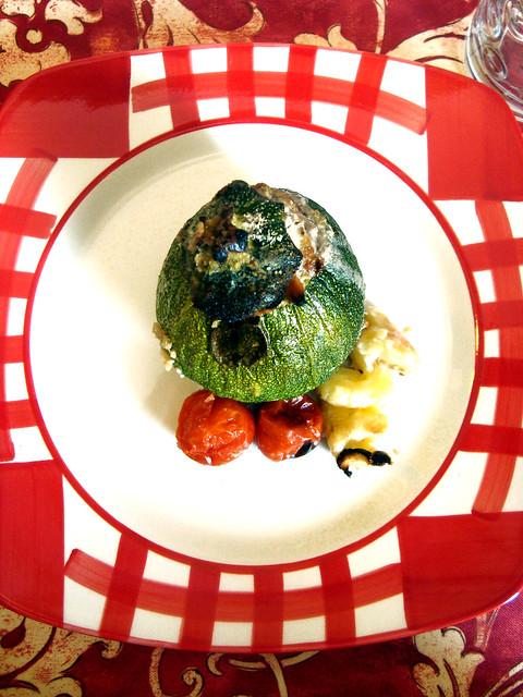 Zucchine ripiene di carne con pinoli 2