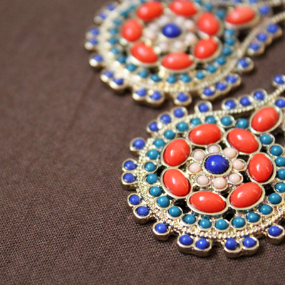 fashionarchitect.net kenneth jay lane ethnic earrrings multi colour