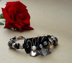 Black & White Tagua Beaded Bracelet