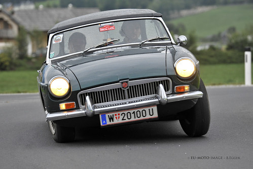 MG ► All kinds of commercial usage incl. hyperlinks are illegal! ► © Copyright by :: eu-moto B. Egger classic sports cars 2586