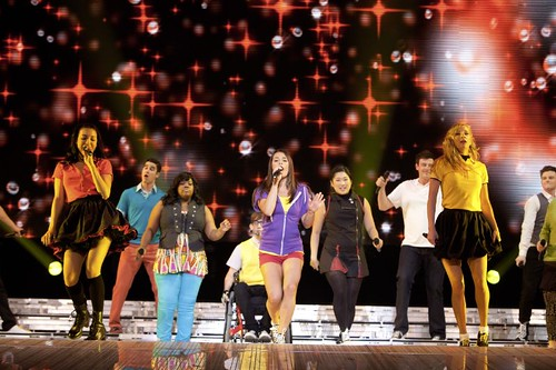 glee_3D concert movie