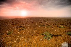 Icelandic Desert (Vlundur Jnsson) Tags: sunset sky cloud sun rock stone clouds landscape iceland europa europe flare land vista mold sland steinar eyjafjrur sl sk himinn melur slarlag landslag svalbarsstrnd slsetur valaheii tsni himna slar grjt northeasticeland himins evrpa skjafar norurlandeystra norausturland tsn sn effektar frni
