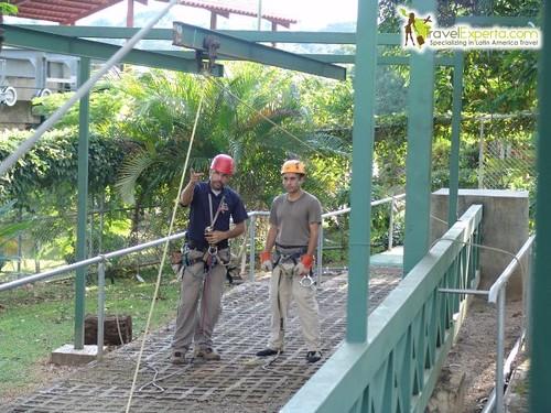 Canopy tour in guanacaste, costa rica