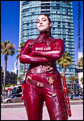 Mord-Sith of the Sword of Truth taking the city by storm at Comic-con 2011. (andreas_schneider) Tags: costumes hair photo cool sandiego cosplay dressup convention stunning characters comiccon cci 2011 swordoftruth mordsith legendoftheseeker