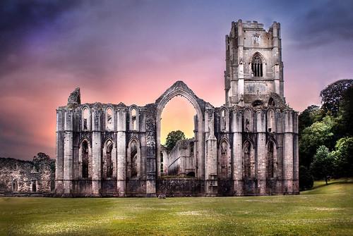 フリー写真素材, 建築・建造物, 教会・聖堂・モスク, 遺跡, ファウンテンズ修道院, イギリス,