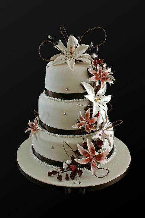 The Worlds Best Photos Of Cakes And Diamantes