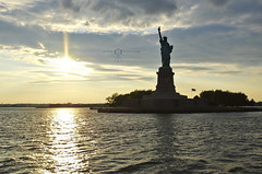 The City / New York - NY (KTSFotos) Tags: new york nyc trip cruise usa silhouette statue america circle liberty boat amrica united sightseeing adventure eua viagem states kiyoshi kts idesign aventura estado unidos ktsfotos ktsdesign ktsimage