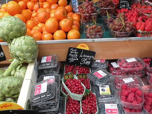 MF Fresh Fruit