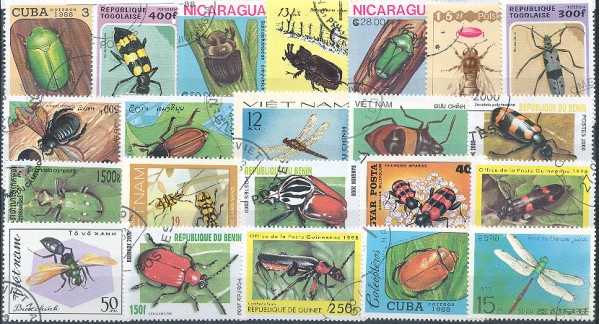 Známky - 100 rôznych, chrobáky a motýle
